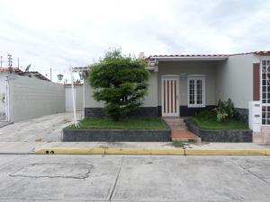 Casa En Ventaen Cabudare, Los Samanes, Venezuela, VE RAH: 19-17913