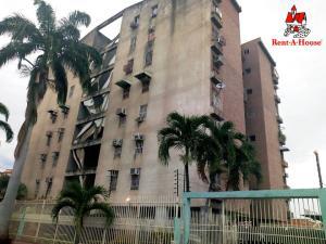 Apartamento En Ventaen Maracay, Los Chaguaramos, Venezuela, VE RAH: 19-17908