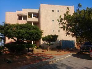 Apartamento En Ventaen Maracaibo, Avenida Milagro Norte, Venezuela, VE RAH: 19-17968