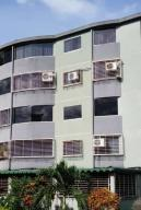 Apartamento En Ventaen Guatire, La Sabana, Venezuela, VE RAH: 19-17978