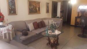 Apartamento En Ventaen Maracaibo, Maracaibo, Venezuela, VE RAH: 19-17984