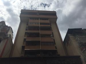 Apartamento En Ventaen Caracas, Parroquia La Candelaria, Venezuela, VE RAH: 19-18001