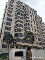 Apartamento En Ventaen La Guaira, Macuto, Venezuela, VE RAH: 19-18116