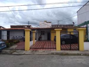 Casa En Ventaen Cabudare, Valle Hondo, Venezuela, VE RAH: 19-18065