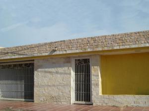 Casa En Ventaen Maracaibo, Maranorte, Venezuela, VE RAH: 19-18073