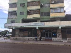 Local Comercial En Ventaen Puerto La Cruz, Puerto La Cruz, Venezuela, VE RAH: 19-18082