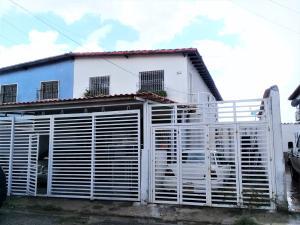 Apartamento En Ventaen Maracay, La Morita, Venezuela, VE RAH: 19-18123