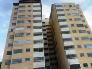 Apartamento En Ventaen Charallave, Centro De Charallave, Venezuela, VE RAH: 19-18157