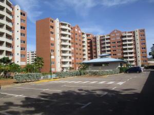 Apartamento En Ventaen Margarita, Playa El Angel, Venezuela, VE RAH: 19-18219