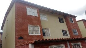 Apartamento En Ventaen Guatire, Valle Grande, Venezuela, VE RAH: 19-18263