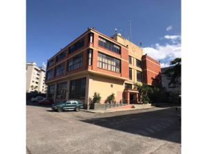 Local Comercial En Ventaen Caracas, Boleita Norte, Venezuela, VE RAH: 19-18296