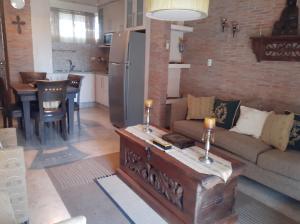 Apartamento En Ventaen Lecheria, Calle Arismendi, Venezuela, VE RAH: 19-18366