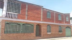 Casa En Ventaen Santa Lucia, Santa Lucia, Venezuela, VE RAH: 19-18305