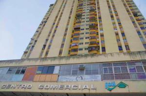 Apartamento En Ventaen Los Teques, Los Teques, Venezuela, VE RAH: 19-16873