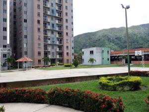 Apartamento En Ventaen Municipio San Diego, Montemayor, Venezuela, VE RAH: 19-18368