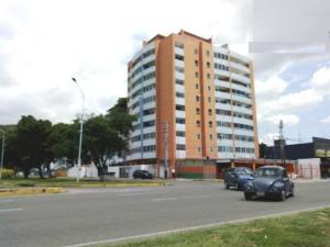 Apartamento En Ventaen Maracay, Los Caobos, Venezuela, VE RAH: 19-18389
