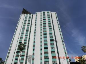 Apartamento En Ventaen Caracas, El Valle, Venezuela, VE RAH: 19-18497