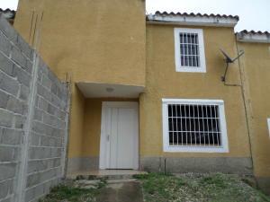 Casa En Ventaen Cua, Villa Falcon, Venezuela, VE RAH: 19-18423