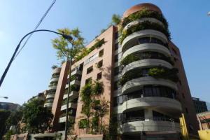 Apartamento En Alquileren Caracas, Campo Alegre, Venezuela, VE RAH: 19-18455