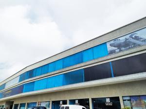 Oficina En Ventaen Valencia, Zona Industrial, Venezuela, VE RAH: 19-18487