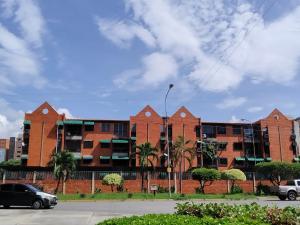 Apartamento En Ventaen Maracay, Base Aragua, Venezuela, VE RAH: 19-18658
