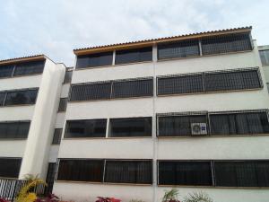 Apartamento En Ventaen Los Teques, El Solar De La Quinta, Venezuela, VE RAH: 19-18717