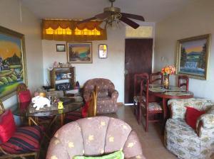 Apartamento En Ventaen Coro, La Velita, Venezuela, VE RAH: 19-18735