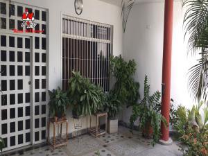 Casa En Ventaen Maracay, La Cooperativa, Venezuela, VE RAH: 19-18778