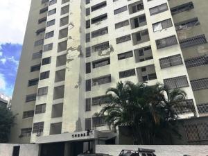 Apartamento En Ventaen Caracas, Guaicay, Venezuela, VE RAH: 19-19197