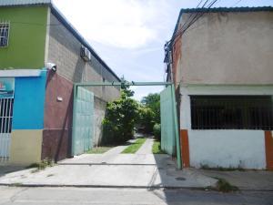 Galpon - Deposito En Ventaen Maracay, La Barraca, Venezuela, VE RAH: 19-18855