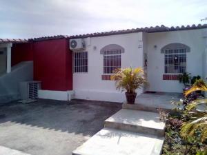 Casa En Ventaen Cabudare, Parroquia José Gregorio, Venezuela, VE RAH: 19-18914