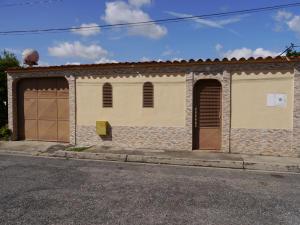 Casa En Ventaen Cabudare, Parroquia José Gregorio, Venezuela, VE RAH: 19-18988