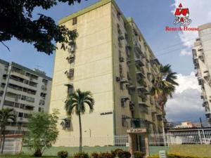 Apartamento En Ventaen Maracay, Base Aragua, Venezuela, VE RAH: 19-5933