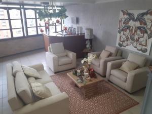 Apartamento En Ventaen Maracaibo, La Lago, Venezuela, VE RAH: 19-19078