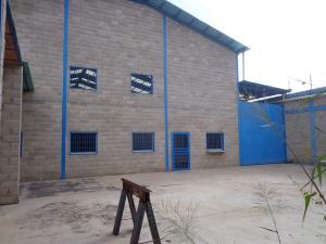 Galpon - Deposito En Ventaen La Victoria, Zona Industrial Soco, Venezuela, VE RAH: 19-19116