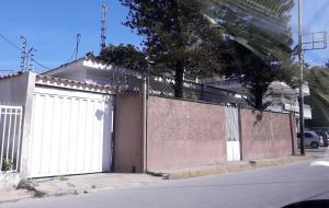 Casa En Ventaen Maracay, La Pedrera, Venezuela, VE RAH: 19-19658