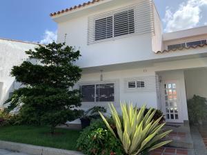 Casa En Ventaen Valencia, Las Clavellinas, Venezuela, VE RAH: 19-19257