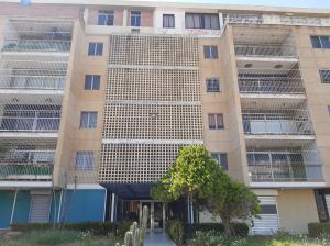 Apartamento En Ventaen Maracaibo, Cecilio Acosta, Venezuela, VE RAH: 19-19319