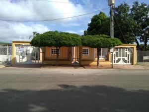 Casa En Ventaen Maracaibo, La Rotaria, Venezuela, VE RAH: 19-19328