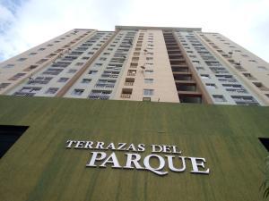 Apartamento En Ventaen Valencia, Kerdell, Venezuela, VE RAH: 19-19334