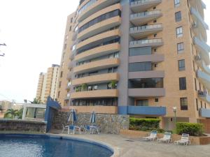 Apartamento En Ventaen Municipio Naguanagua, , Venezuela, VE RAH: 19-19213