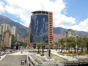 Oficina En Ventaen Caracas, Los Dos Caminos, Venezuela, VE RAH: 19-19358