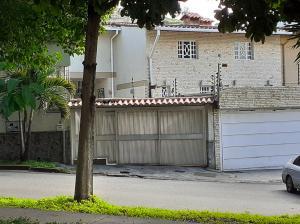 Casa En Ventaen Caracas, Santa Ines, Venezuela, VE RAH: 19-20588