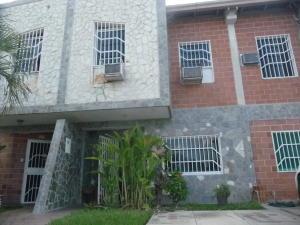 Townhouse En Ventaen Palo Negro, Conjunto Residencial El Oasis, Venezuela, VE RAH: 19-19418