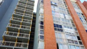 Apartamento En Ventaen Caracas, El Encantado, Venezuela, VE RAH: 19-19430