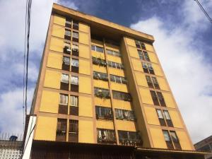 Apartamento En Ventaen Los Teques, Los Teques, Venezuela, VE RAH: 19-19443