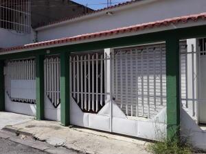 Casa En Ventaen Maracay, La Coromoto, Venezuela, VE RAH: 19-19453