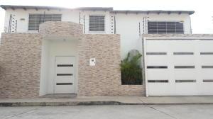 Casa En Ventaen Maracay, Avenida Aragua, Venezuela, VE RAH: 19-19550