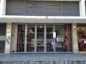 Local Comercial En Alquileren Caracas, Sabana Grande, Venezuela, VE RAH: 19-19606