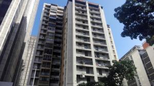 Apartamento En Ventaen Caracas, Parroquia La Candelaria, Venezuela, VE RAH: 19-19584